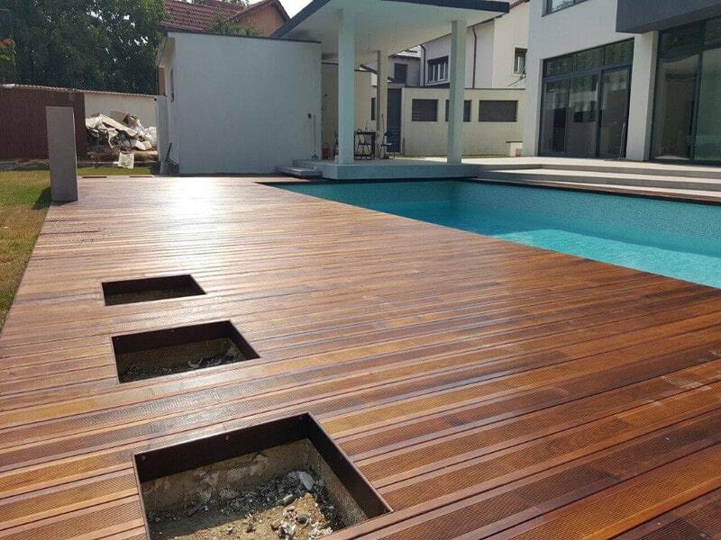 Deck pentru piscina pardoseala terasa din frasin termotratat